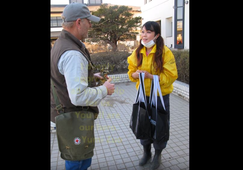 Misawa Helps: Misawa Air Base personnel volunteer for Japan's recovery【東日本大震災津波】